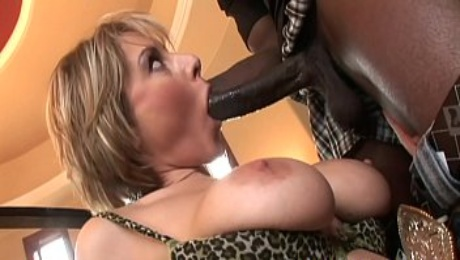 Kumalott - Wife Cheat For A Young Black Man With Huge Cock
